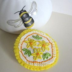 Summer flower brooch hand embroidered wearable textile art  £10.00