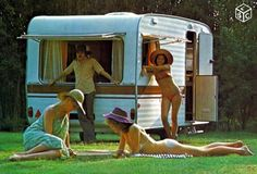 Caravane digue 410 GSB Pub 1978