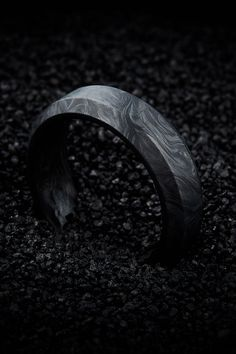 Beveled Edge Wedding Band for Men - Carbon Fiber Ring in Matte Black rings for men Men's Forged Carbon Beveled Edge Wedding Band - Wedding Rings Sets His And Hers, Matching Wedding Rings, Black Wedding Rings, Celtic Wedding Rings, Wedding Rings Simple, Wedding Rings Vintage, Black Rings, Unique Rings, Outfits Inspiration