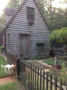 Old sheds I really want this! Old sheds I really want this! Backyard Sheds, Outdoor Sheds, Backyard Landscaping, Garden Sheds, Pallet Shed, Pallet House, Shed Interior, Shed Plans 12x16, Shed Organization