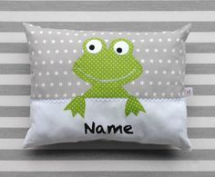 Kissen Frosch Grey pillow with green frog Grey Pillows, Cute Pillows, Kids Pillows, Quilt Baby, Sewing For Kids, Baby Sewing, Fun Crafts, Diy And Crafts, Scatter Cushions
