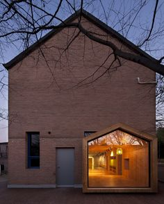 """furniture UTAA extends South Korean children's centre with """"a house within a house"""" Education Architecture, Facade Architecture, Installation Architecture, Design Exterior, Interior And Exterior, Grand Designs, Brick And Stone, Pinocchio, Solar"""