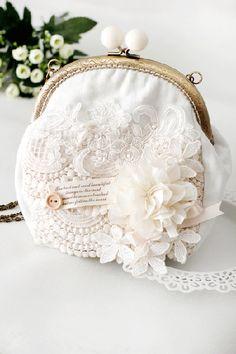 framed purse~ Omiga原创森林系森女立体花朵蕾丝钉珠zakka风格手工口金单肩包