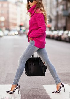 Love the long bulky sweater with skinny jeans!