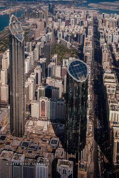 Abu Dhabi. Amazing skyscrapers!