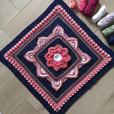 Free Pattern Geometric cushion