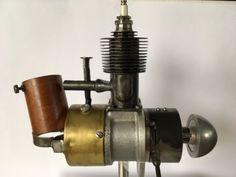 Kratmo-10A-1073-original-Modellmotor-mit-Zuendkerze-Zuendspule