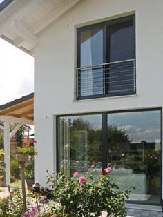 French balcony from stainless steel- Franz. Balkon aus Edelstahl French balcony from stainless steel - Narrow Balcony, French Balcony, Modern Balcony, Juliette Balcony, Fenetre Double Vitrage, Balcony Grill, Balcony Doors, Balcony Lighting, Balcony Furniture