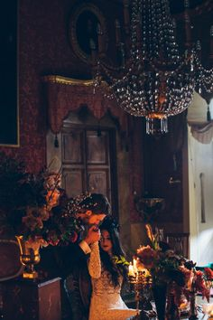 Italian Gothic Wedding Inspiration at Villa Di Maiano | Image by Stefano Santucci