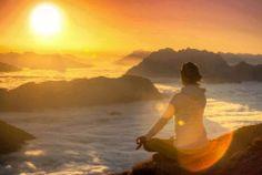Se você quer chegar ao topo da montanha, há apenas dois segredos: confiar em si mesmo e olhar sempre para frente. Nunca para baixo. Pedro Tornaghi