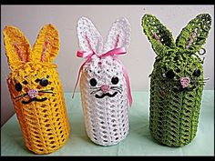 CAPA DE COELHINHO PARA POTE DE CHOCOLATES (USE NA PÁSCOA) - VEJA O PASSO A PASSO, FÁCIL E RÁPIDO!!! - YouTube Bunny Crafts, Christmas Home, Crochet Projects, Crochet Baby, Hand Embroidery, Diy And Crafts, Crochet Necklace, Make It Yourself, How To Make