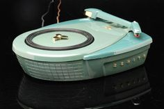Jet Age Zenith Phantom S.9017 Record Player from 1957 - So this is what it's like to fall in love at first sight! ;-)