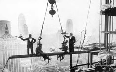 Charles Clyde Ebbets - Lunch Above Manhattan, New York (1930s) - Google Search