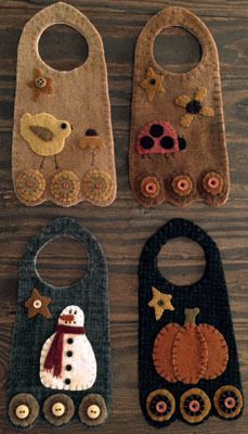 Wool Applique Doorknob Hangers by Briar Root Primitives Penny Rug Patterns, Wool Applique Patterns, Felt Patterns, Felt Applique, Print Patterns, Felted Wool Crafts, Felt Crafts, Fabric Crafts, Sewing Crafts