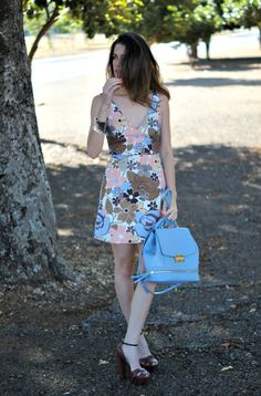 Spring has arrived (although it seems like if winter never came) and with it comes the bright prints, cute dresses, pastels and florals. This dress combines all of these perfectly! It's girly and sweet, and perfect…