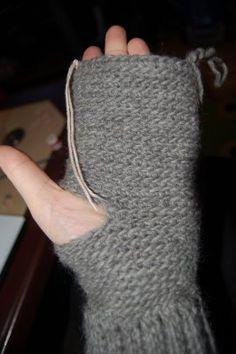 Bildserie till virkade vantar med ribbadmudd - Blogg - Mönster på virkat och stickat - Crochetra