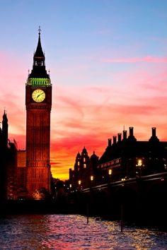 Big Ben, London ✓