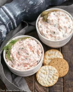 Smoked Salmon Spread, Smoked Salmon Appetizer, Smoked Salmon Recipes, Appetizer Dips, Appetizer Recipes, Seafood Recipes, Salmon Capers, Salmon Salad, Holiday Party Appetizers