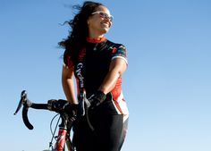 5 Cycling Weight-Loss Successes  http://www.bicycling.com/food/5-cycling-weight-loss-successes/page/0/1?cid=soc_BICYCLING%2520magazine%2520-%2520bicyclingmag_FBPAGE_Bicycling__