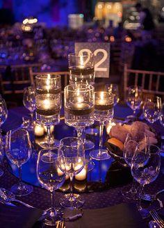 200//300pcs //Bag Snowflake Ornaments Christmas Tress Wedding Party Home Decor BH