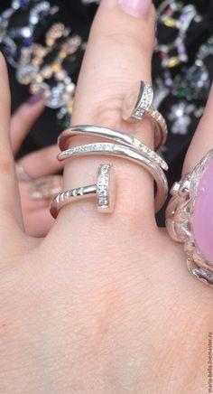 """Купить """"Гвоздь сезона"""". Серебряное кольцо с цирконами - серебряный, оригинальные украшения, подарок девушке"""