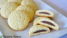 Fursecuri cu nuca de cocos si nutella, reteta Ramonei Dascalu Galletas Cookies, Cookie Recipes, Biscuits, Food And Drink, Ice Cream, Yummy Food, Sweets, Bread, Cooking