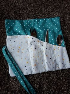 Diy Pochette, Creation Couture, Diaper Bag, Homemade, Stitch, Sewing, Sport, Crochet, Scrappy Quilts