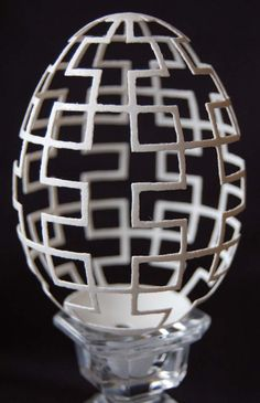 Amazing Eggshell Carvings by Brian Baity