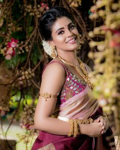 Beautiful Bollywood Actress, Beautiful Indian Actress, Indian Film Actress, Best Actress, Beautiful Girl Image, Beautiful Bride, Beautiful Roses, Beauty Full Girl, Beauty Women