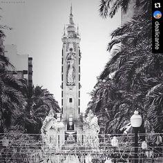 Mascletà en la Plaza de los Luceros #Alicante #MifotoAlicante Foto: @dealicante en Instagram #FogueresAlacant