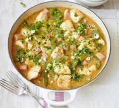 Cajun chicken gumbo. An authentic Louisiana casserole with Creole spices, veggies, ham and a rich sauce - a one pot-with bite