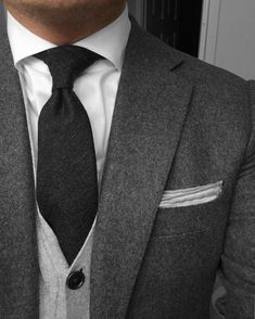 Simple and elegant. #Elegance #Fashion #Menfashion #Menstyle #Luxury #Dapper #Class #Sartorial #Style #Lookcool #Trendy #Bespoke #Dandy #Classy #Awesome #Amazing #Tailoring #Stylishmen #Gentlemanstyle #Gent #Outfit #TimelessElegance #Charming #Apparel #Clothing #Elegant #Instafashion