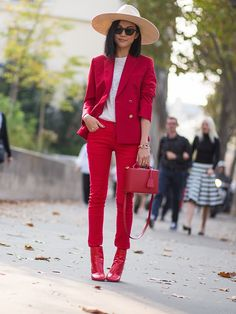 lady in red. #YoyoCao in Paris.