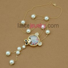 Lovely hand-made imitation pearl & rhinestone bear ornate strand necklace