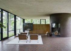 The Glass House | Philip Johnson | large panes = one with nature