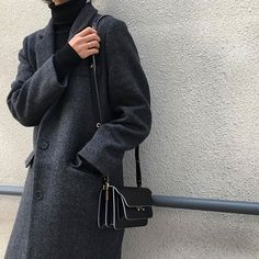 Dolce Vita: This diminutive little Trunk bag is the perfect upgrade for the new season. Discover the coveted colour-ways for ss17 #STYLEBOP •  #Marni #marniTrunkbag #trunkbag #fashion #handbag #leather #instastyle #fblogger •  Image via @_likeyou_