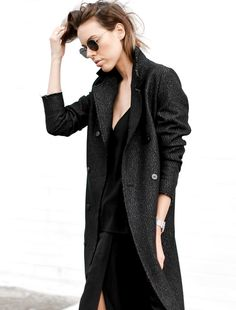 Le parfait total look noir #169 (blog Modern Legacy)