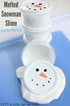 Make melted snowman slime with your kids! Makes perfect snowman party favors or class gifts too! Make melted snowman slime with your kids! Makes perfect snowman party favors or class gifts too! Christmas Party Favors, Xmas Party, Holiday Fun, Christmas Crafts, Christmas Parties, Holiday Foods, Christmas Kiss, Christmas Boxes, Thanksgiving Crafts