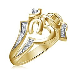 Buy Designer & Fashionable Religious Finger Rings For Men. We have a wide range of traditional, modern and handmade Bands Mens Rings Online Mens Gold Bracelets, Mens Gold Rings, Gold Rings Jewelry, Hand Jewelry, Rings For Men, Engagement Wedding Ring Sets, Diamond Wedding Bands, Wedding Rings, Wedding Jewelry