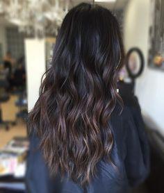 dark+brown+hair+with+subtle+brown+balayage