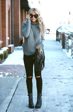 Sweater - lulu lemon jeans - urban outfitters boots - hunter via shopbop su Stylish Winter Outfits, Fall Winter Outfits, Autumn Winter Fashion, Outfits Otoño, Casual Outfits, Vibes Positivas, Urban Outfitters Boots, Cara Loren, Mode Shoes