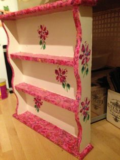 Gorge spice rack made with decopatch and stencil paint aint