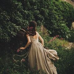 Fantasy Magic, Princess Aesthetic, Look Cool, Elegant, Provence, Dame, Nice Dresses, Pretty, Beautiful
