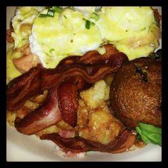 Eggs Benedict with Smoked Salmon at Bottles in Guaynabo, Puerto Rico