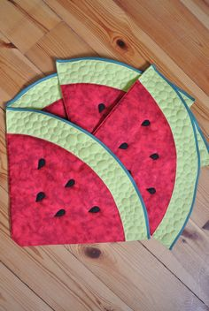 Table Runner And Placemats, Quilted Table Runners, Quilting Projects, Sewing Projects, Craft Projects, Watermelon Quilt, Microwave Bowl Holders, Mug Rug Patterns, Potholders