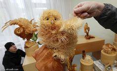 Unique Crafts, Wood Chips Animal Sculptures from Sergey Bobkov Chip Art, Wooden Animals, Animal Sculptures, Wood Sculpture, Illustration Art, The Incredibles, Crafty, Inspiration, Handmade