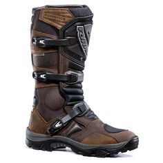 Absolutely love these Forma Adventure Motorcycling Boots, so sexy!