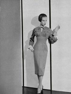 L'officiel de la mode 1953 dress Christian Dior