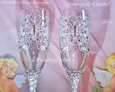 Butterfly Wedding Toast Glasses, Wedding Champagne Flutes, Bride and Groom champagne flutet, Bachelorette Party,  Bridal Shower gift