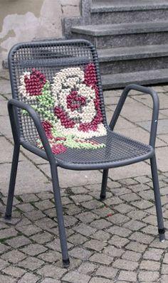 x stitch for lawn furniture – Möbeldesign und Wohnaccessoires Cross Stitch Art, Cross Stitching, Cross Stitch Designs, Cross Stitch Patterns, Yarn Crafts, Fabric Crafts, Diy And Crafts, Embroidery Art, Cross Stitch Embroidery